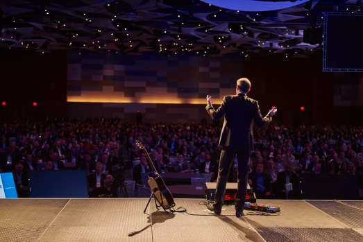 Mike Rayburn delivers his unique brand of keynote address to The Nationwide Insurance brand's nation conference in Phoenix, AZ